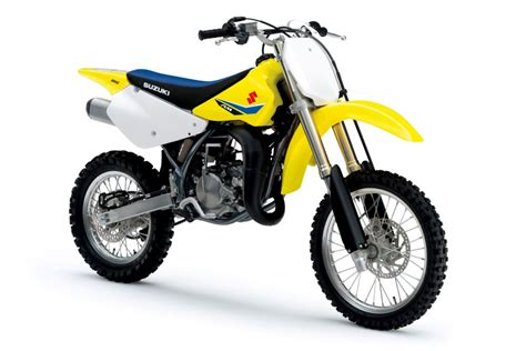 suzuki motocross bikes suzuki releases additional 2018 models dirt bike magazine