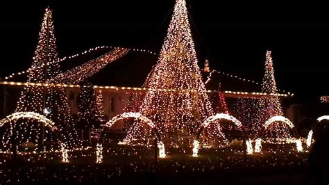pensacola home s christmas light show youtube