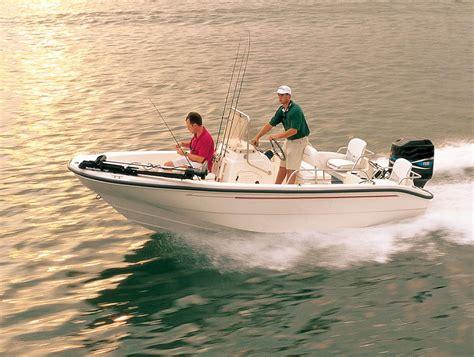 boston whaler dauntless boat cover custom fit boat cover boston whaler 18 180 dauntless cc