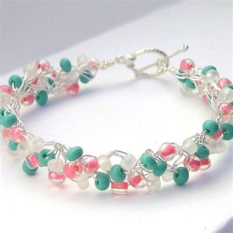 patterned wire for jewelry 25 best ideas about wire jewelry patterns on