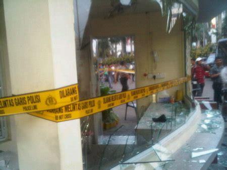 detiknews batam mabes polri 1 tewas 9 luka terkait bentrok di batam