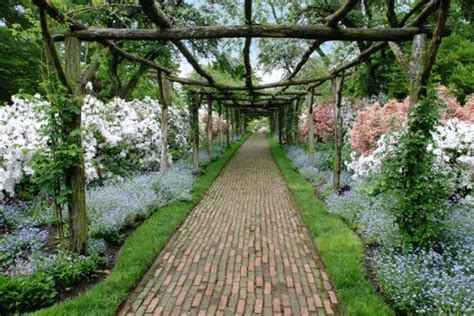 55 inspiring pathway ideas for a beautiful home garden 55 inspiring pathway ideas for a beautiful home garden