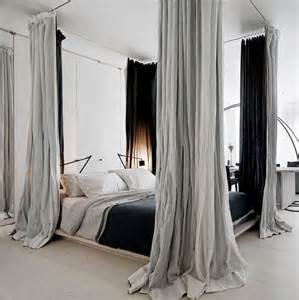 Canopy Bed Decorating Ideas Lovely Way Style Bedrooms With A Canopy Room Decorating