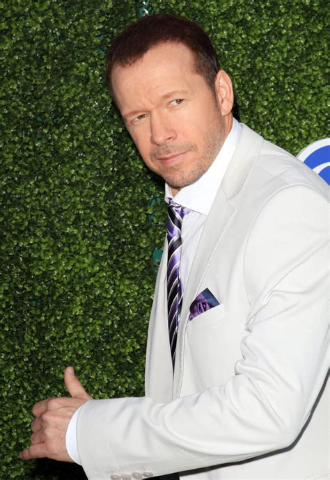 donnie wahlberg gettin a divorce nkotb gossip 2010 edition cele bitchy donnie wahlberg dumped his secret mistress