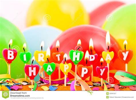 candele buon compleanno candele di buon compleanno fotografia stock libera da