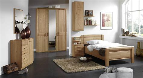 klassisches schlafzimmer klassisches schlafzimmer f 252 r senioren eiche teilmassiv