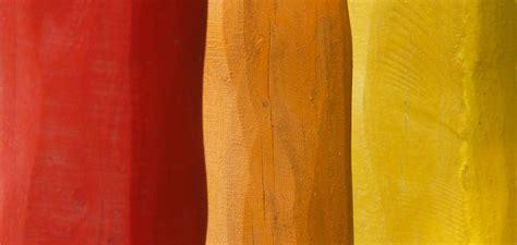 guide  choosing  exterior paint colors
