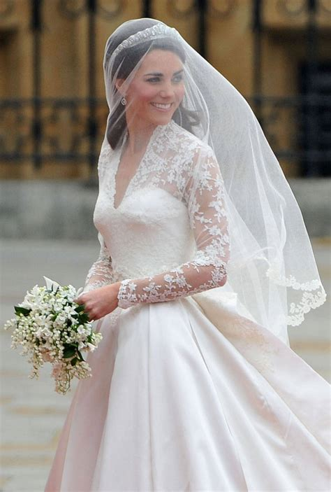 middleton wedding dress push pr