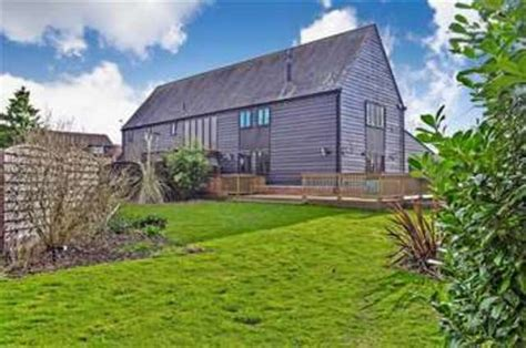 Sheds For Sale In Essex by 3 Beds Barns Court Barn Conversion To Buy Harlow Cm19 5qt