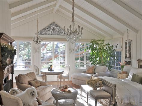 Nice Ideas For Living Room Designs With Vaulted Ceilings Vaulted Ceiling Living Room