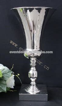 Large Vases For Centerpieces by Vases Centerpieces Large Shape Vase Metal For