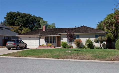 House Where Steve Jobs Grew Now A Quot Historic Resource Quot