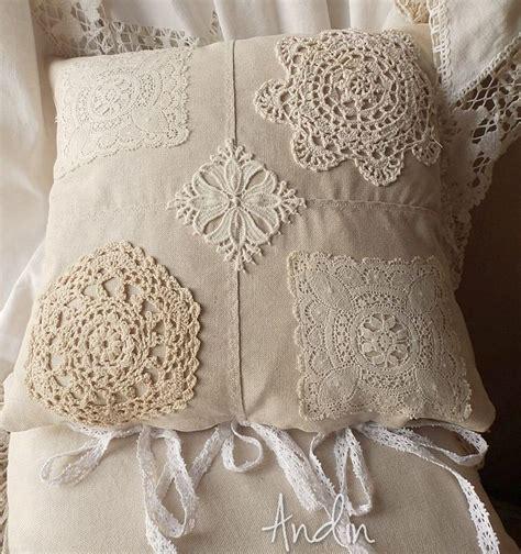 Len Vintage Shabby by 28 Best Decorative Lace Crochet Pillows Images On