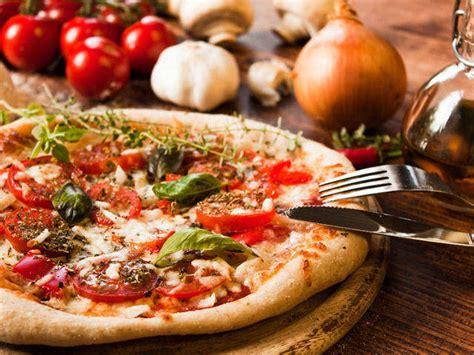 fare la pizza in casa come fare una buona pizza in casa fileni
