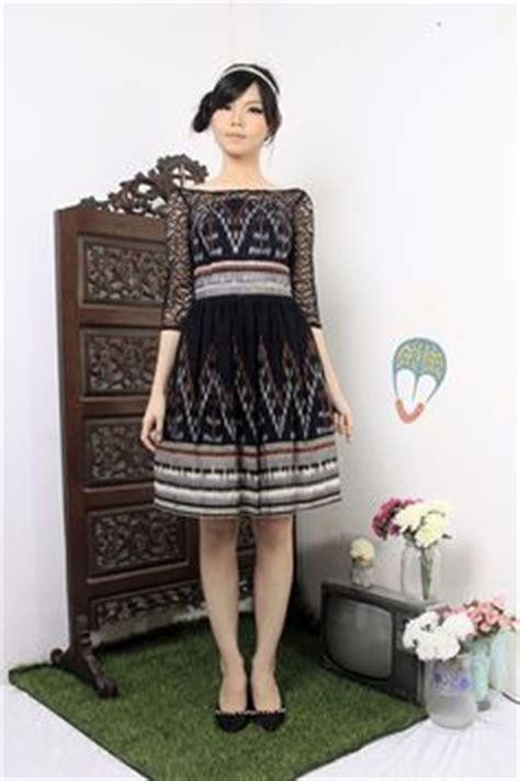 Faradilla Dress by Dress Tenun Rangrang Batik Bali And