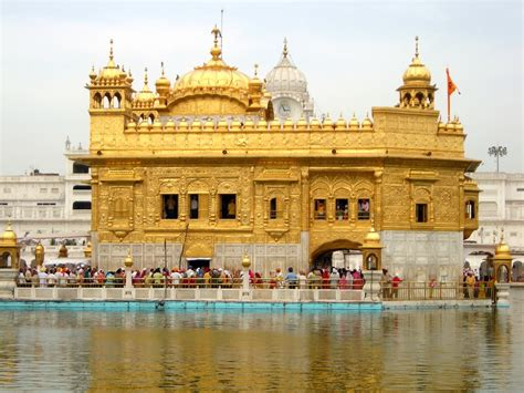 themes golden temple golden temple wallpapers hd wallpapers