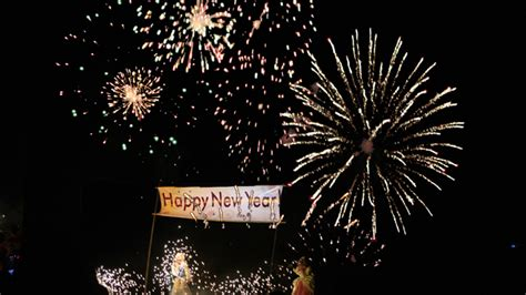new year date in the philippines palace announces 2013 holidays
