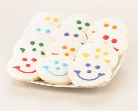 Cookie Giveaway - gift giveaway bash smiley cookies bucksome boomer
