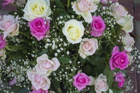 fiori addobbi addobbi floreali matrimoni cerimonia religiosa comune