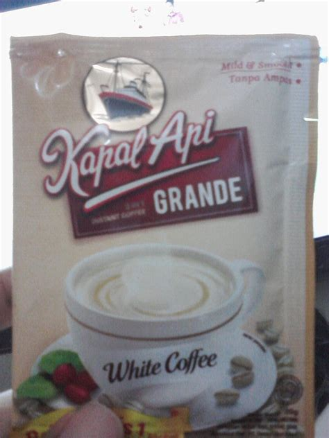 Kapal Api White Coffee Bag 福天使 ヨゥバン is kapal api grande white coffee it smells gonna put in on the list