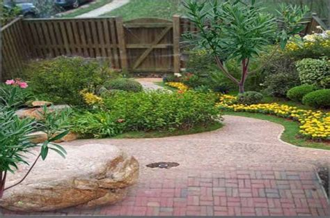 Small Back Yard Landscape Design Ideas Fres Hoom Small Backyard Landscaping Ideas