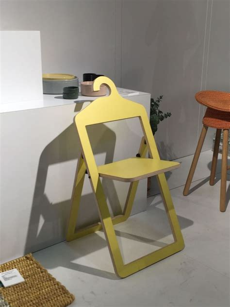 Umbra Chair by Yellow Folding Umbra Chair Home Decorating Trends Homedit