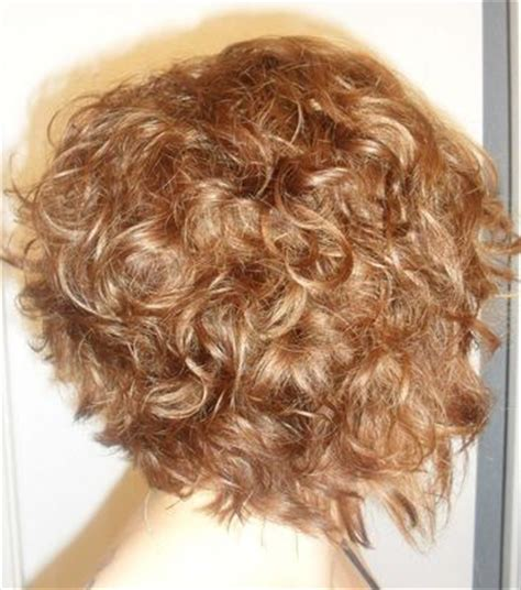graduated curly bobs layered graduated bob on curly hair warm medium blonde