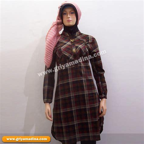 Baju Setelan Wanita 33 baju muslim wanita koleksi 33 madina griya busana muslim busana muslim baju muslim