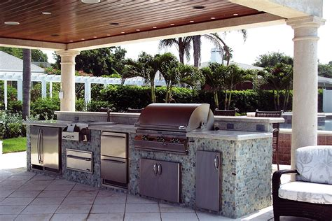 Kitchen Television Ideas by Backyard Kitchen Construction And Outdoor Grill Store