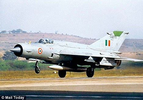 Braking System In Mig 21 Aircraft Braveheart Iaf Pilot Is Awarded Shaurya Chakra Daily