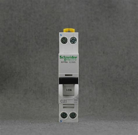Mcb Mini Circuit Breaker 1p 25ere Schneider schneider 10a ic65 idpna 1p n 230v miniature circuit breaker mcb ce din rail modular devices gsm