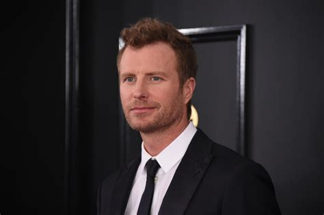 dierks bentley grammys carpet dierks bentley king
