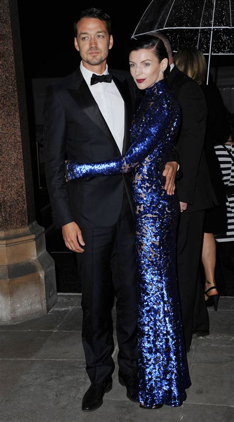 liberty ross steps out with mystery man after new york