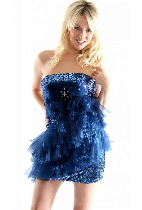 Blue Fashion fashion blue dress models picture