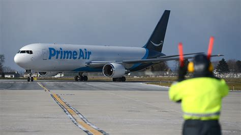 amazon prime air video amazon s prime air at lehigh valley international