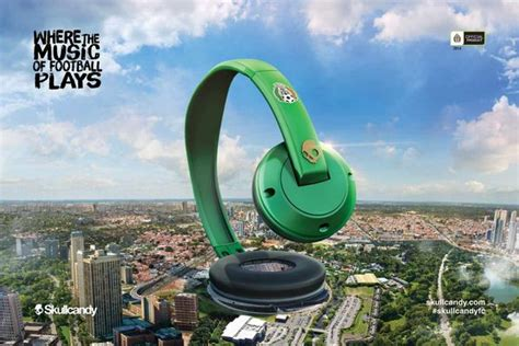 Earphone Adidas Ad 621 sports stadium headphone ads quot skullcandy headphones quot