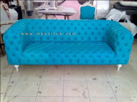 Turquoise Chesterfield Sofa Turquoise Chesterfield Sofa Chesterfield Sectional In Turquoise Velvet I Roomservicestore