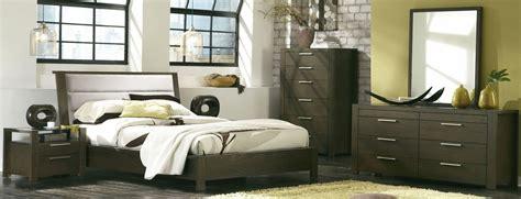 Hudson Bedroom Set by Hudson Upholstered Platform Bedroom Set From Casana 525