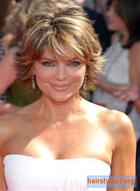 lisa rinna dark hair or blonde 1000 ideas about highlighted hairstyles on pinterest