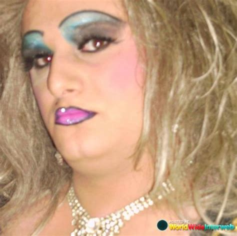 7 With The Worst Makeup by 49 Best Really Really Bad Make Up Images On