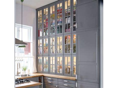 comment deplacer une armoire lourde facilement cuisine 12 astuces pour relooker facilement vos placards