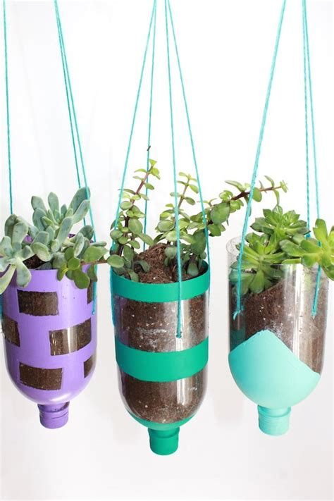 water bottle crafts projects 25 best ideas about water bottle crafts on