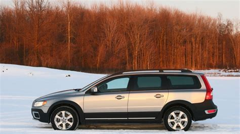 how make cars 2008 volvo xc70 head up review 2008 volvo xc70 w video autoblog