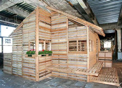 eco architecture eco living pallet house by i beam