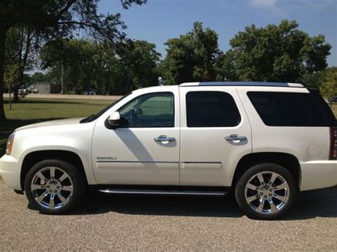 luxury trucks and suvs new gmc denali luxury vehicles luxury trucks and suvs html