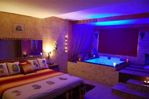 imagenes romanticas en jacuzzi nuevas habitaciones rom 193 nticas con jacuzzi im 193 genes de