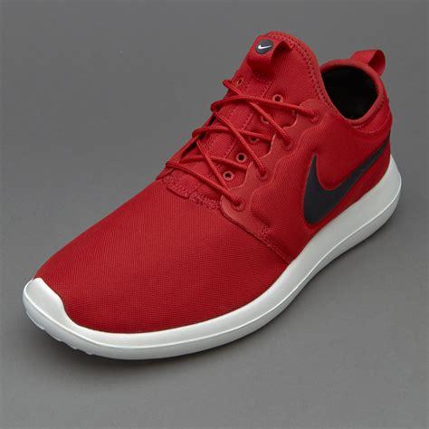 Sepatu Snekers Nike Sportswear sepatu sneakers nike sportswear roshe two