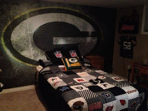 green bay packers bedroom green bay packer bedroom ideas my 9 year old son s bedroom green bay packers joey