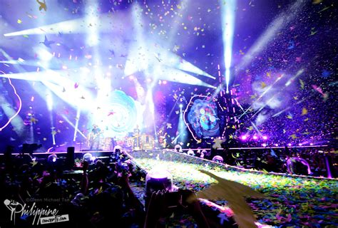 coldplay concert coldplay live in manila photo gallery philippine concerts