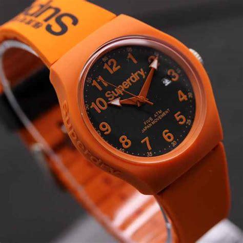 Jam Tangan Converse Colourize Tanggal Aktif jam tangan superdry tali karet tanggal aktif delta jam